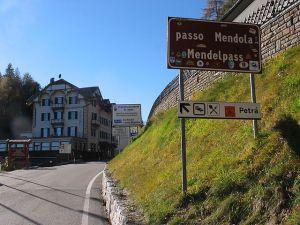 640px-Passo_mendola07